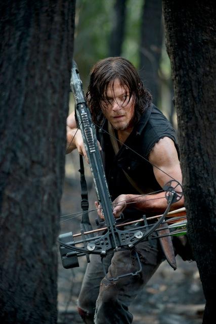 Daryl Dixon hunting